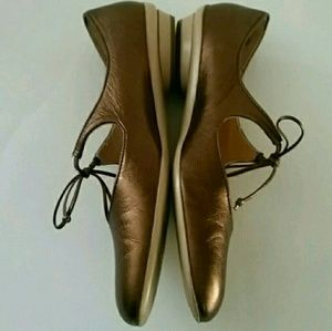 Bronze Slip-on Flat Ballet Shoes 6 B